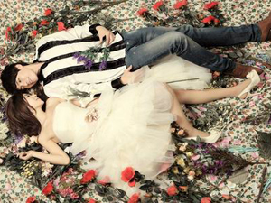 情定伊甸园——金乡灰姑娘婚纱摄影