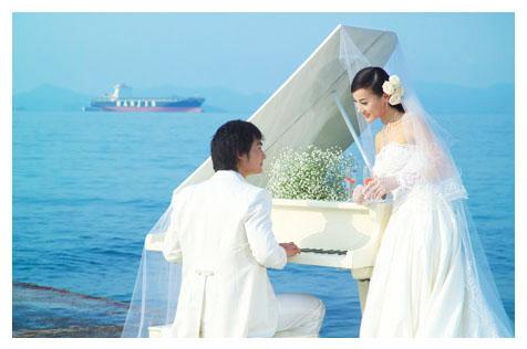 东兴洪全数码婚纱摄影