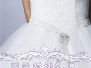 梦幻的婚纱是等着公主的到来,穿上它,带你走向自己的幸福。
