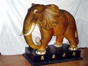 辉得力陶瓷动物商行