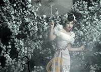 《纯色花颜》侬侬婚纱实景片场
