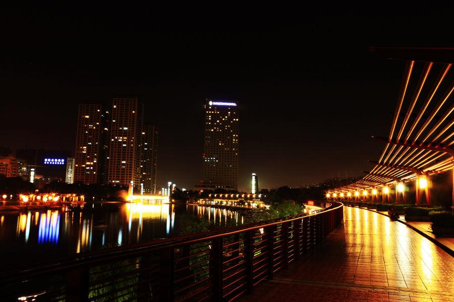 千灯湖夜景