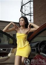 [转贴]高挑身姿美女的香车诱惑