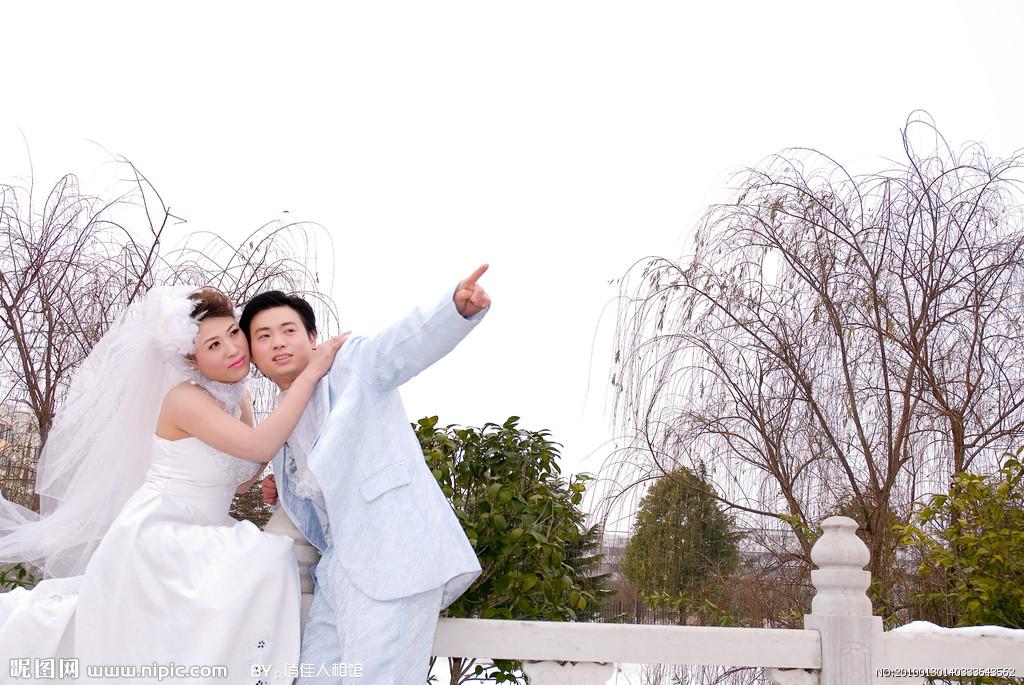 婚��z影