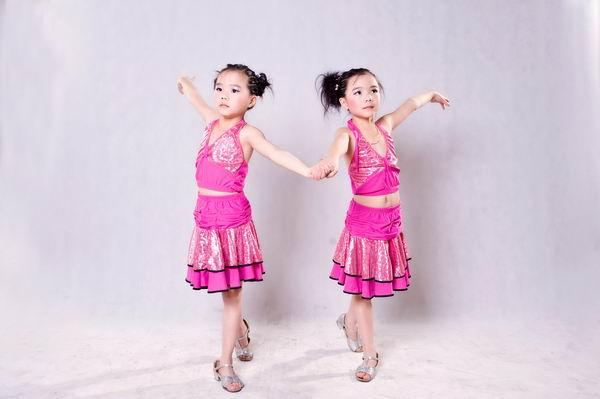 青春岛拉丁舞