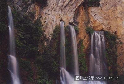相关机构:贵州旅游俱乐部  关 键 词:贵州,纳雍,风景,名胜,总溪河