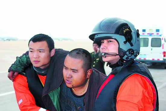 """""""鑫源顺6""""轮事件货船深夜沉没,1人获救,8人遇难,2人失踪"""