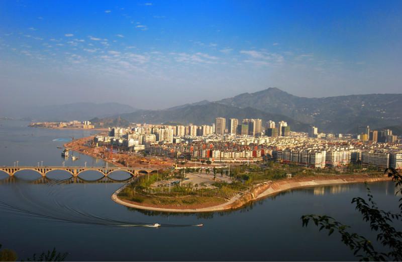 航拍丰镇市风景图片