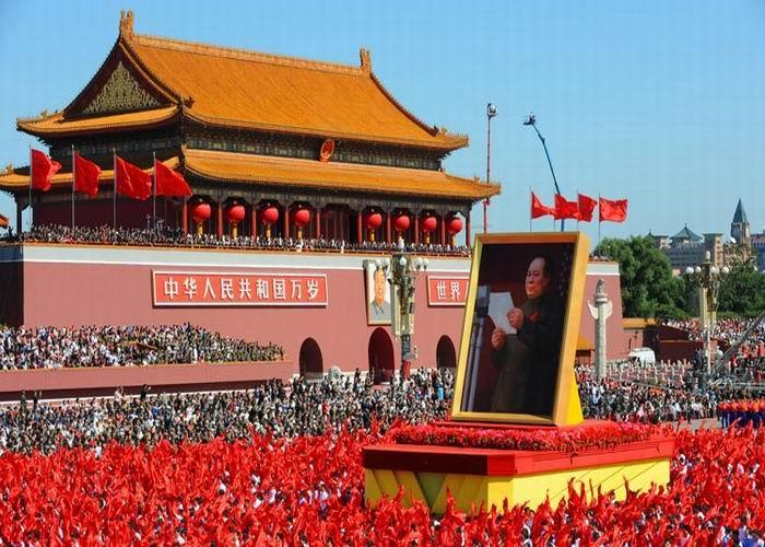 高清图:国庆60年庆典之群众游行图片