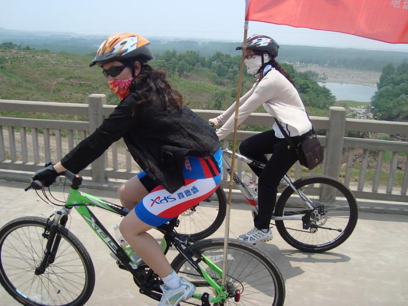 骑自行车旅游的快乐