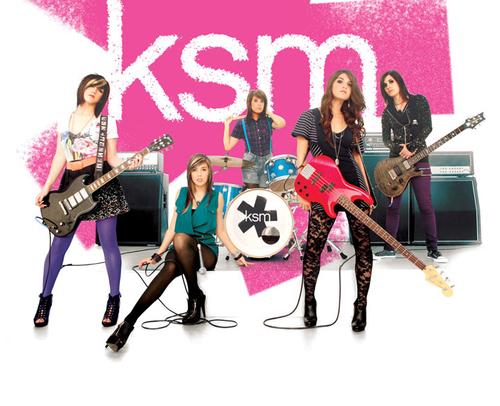 (ksm ,美國女子流行搖滾樂隊,有5位成員組成,歌曲收錄于09年ep《read圖片