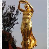 卢森堡国家艺术瑰宝――金色女子像