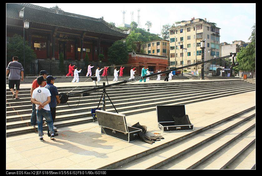 今天浙大广场拍电影图片