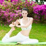 最美瑜伽教练曼妙身姿