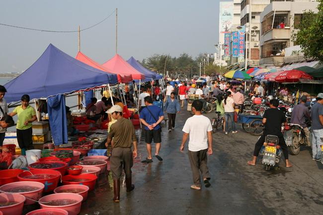 惠州大亚湾霞涌海鲜街随拍(图)