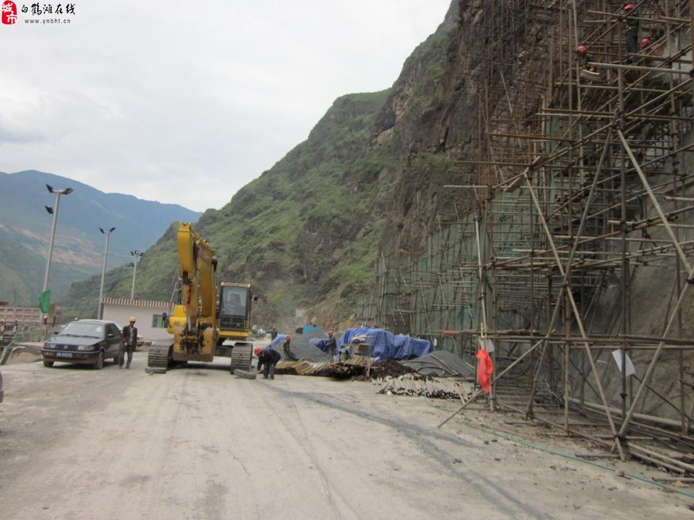 10月15日,白鹤滩水电站施工现场