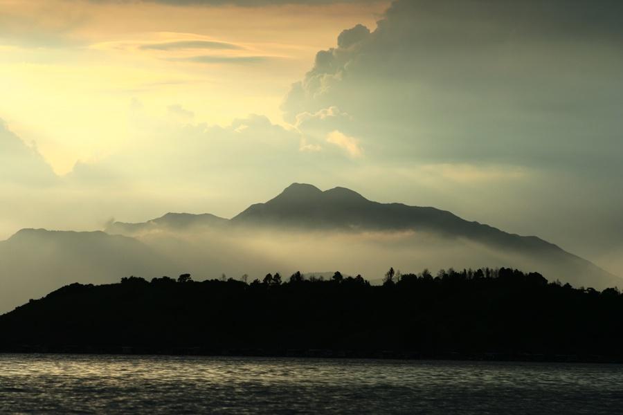 傍晚的惠东巽寮湾(图)
