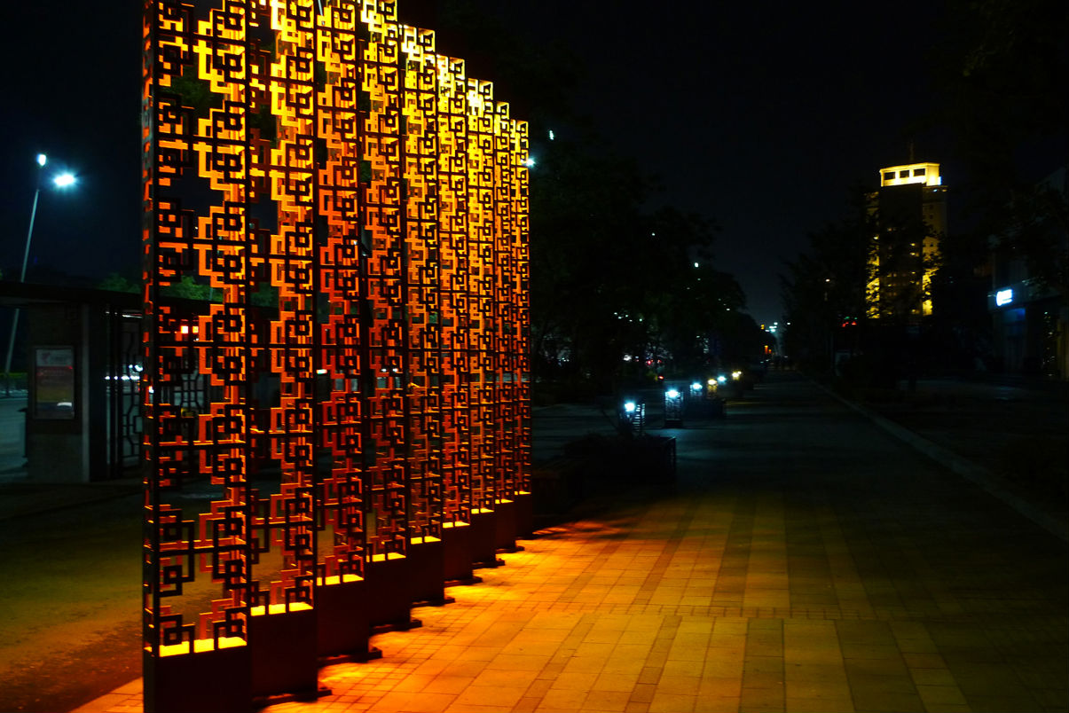 龙城省府太原,长风街, 迎泽大街.《夜景》图片