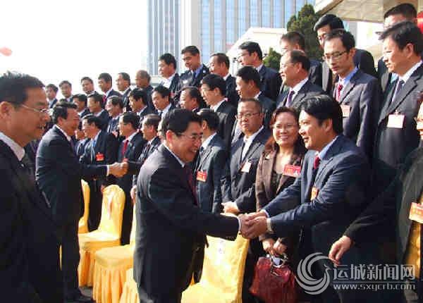 省领导看望出席党代会的大发代表团代表