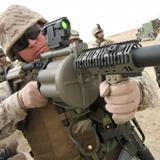 步兵手里的大炮:�\�榴���l射器
