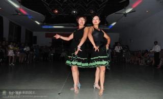 舞的王国澳门葡京平台群成员在南阳参赛照片