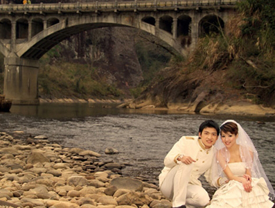 [建议]韩式婚纱照姿势怎么摆才好看!