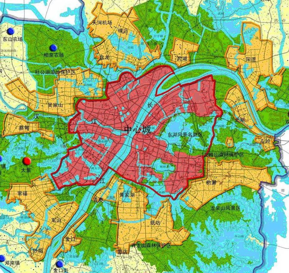 武汉主城区以三环路以内地区为主,包括局部外延的沌口、庙山和武钢地区,总面积为678平方公里。规划至2020年主城区常住人口502万人,主城区是武汉的核心,承担湖北省及武汉市的政治、经济、文化中心和中部地区生产、生活服务中心的职能,重点发展金融商贸、行政办公、文化旅游、科教信息、创新咨询等区域性中心城市服务功能。
