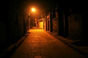 富顺后街老巷夜景(老唐摄)