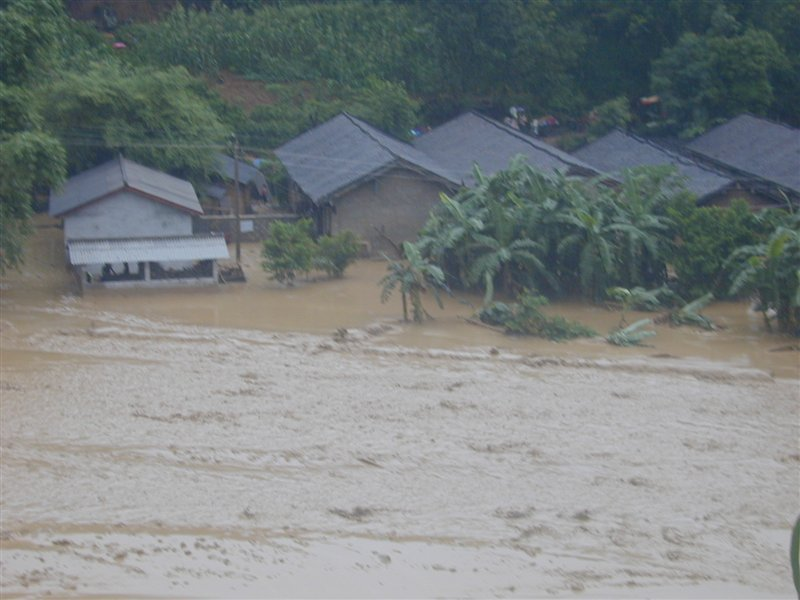 [分享]大家一起回顾一下过去!2007年7月20日军赛洪灾