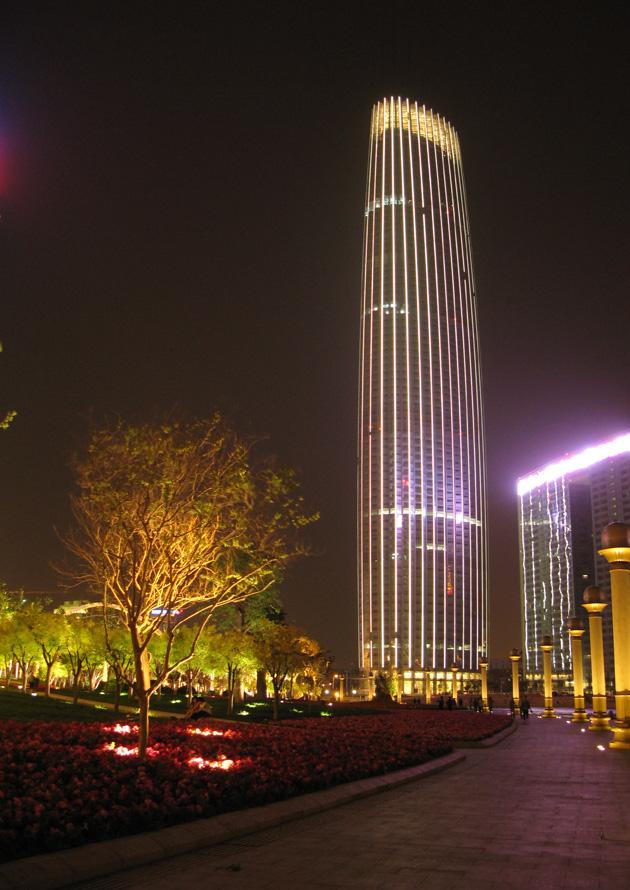 摄影俱乐部 行行摄摄  天津海河外滩公园津塔写字楼夜景 登录/注册后