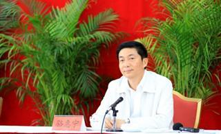 骆惠宁省长在网媒青海行见面会上答记者问(全文)
