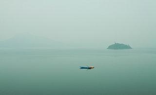【原创】《静谧的湖面》