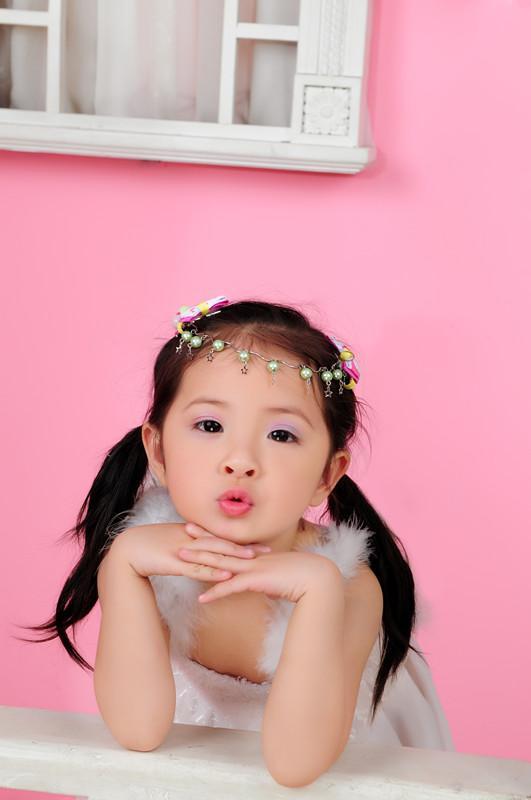 请大家关注精灵小天使(052号任珈缘)宝贝《超萌可爱相册集锦》黔江