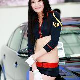 美女车模--倪伦河
