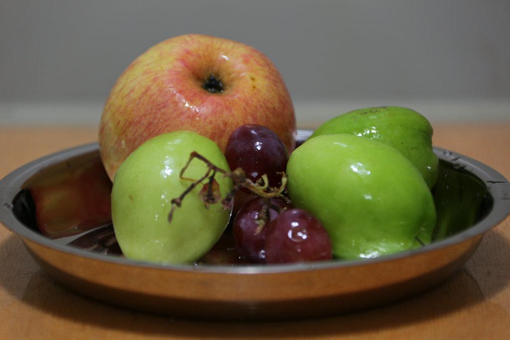 新手素描画水果的步骤