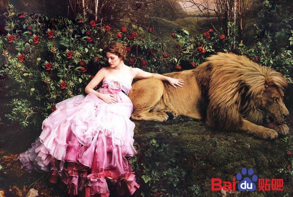 美女与野兽――女星和动物的照片