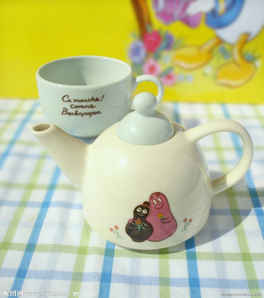 可爱茶壶简笔画