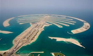 [转贴]一个穷得只剩下钱的地方,看迪拜皇室$