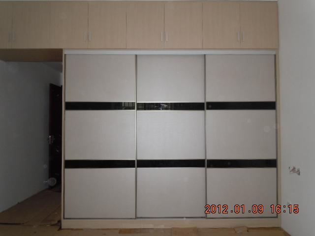 移门衣柜安装效果图_家居论坛_三台论坛_三台在线