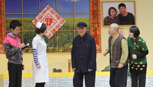 赵本山新作《买年货》亮相携徒弟王小利上湖南春晚