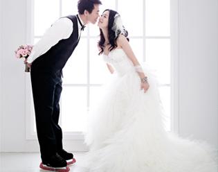 幸福纪婚纱摄影,见证幸福,尽收眼底
