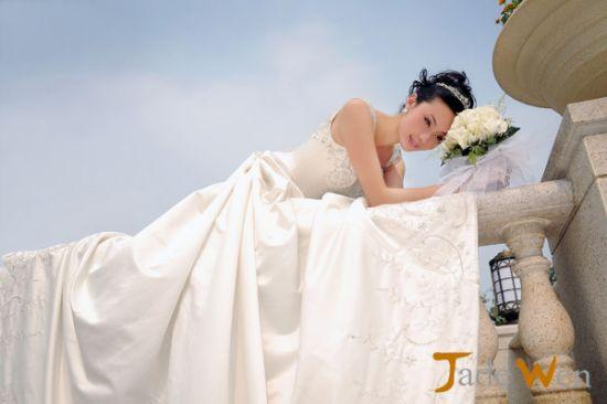 做个清新靓丽的柔美新娘,太美了!