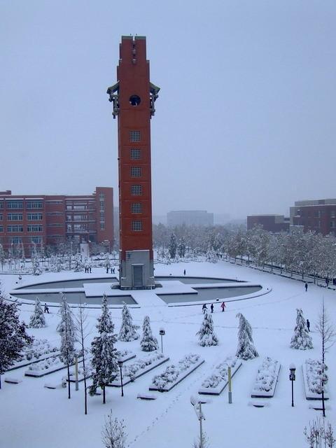 河南第一高校――郑州大学印象记