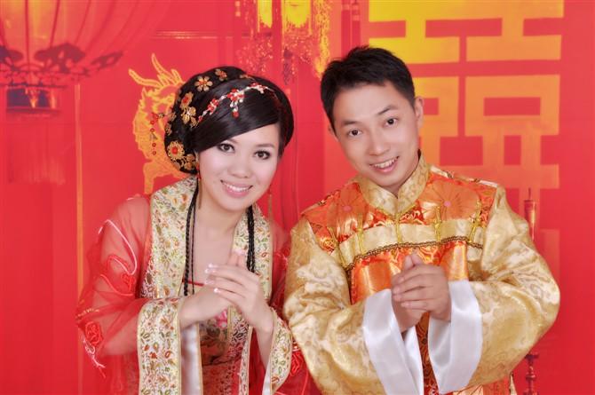 热烈祝贺宁乡在线网友――李国强先生、喻震小姐新婚愉快