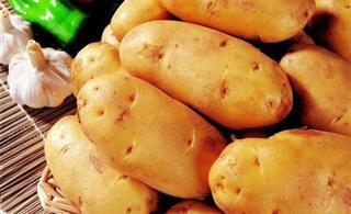 土豆带皮吃有助降血压