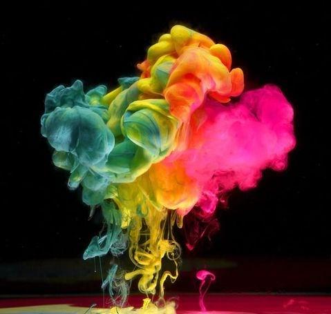 [贴图]英国摄影师MarkMawson的新作品令人难忘——美轮美奂的荧光水墨