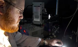 """自家的""""发电厂""""碳纳米管太阳能电池未来的窗户会发电"""