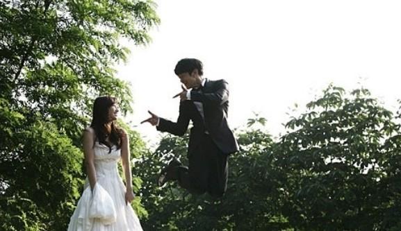 你会接受这种极富个性的婚纱照吗?