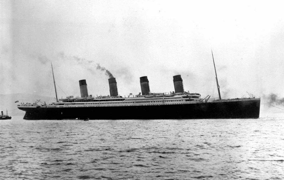 泰坦尼克号沉没一百周年特辑(绝版照:造成泰坦尼克号沉没的冰山)