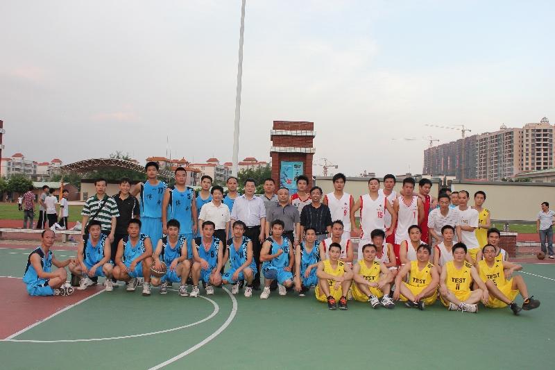 博罗中学与华侨中学举行校级联谊篮球赛